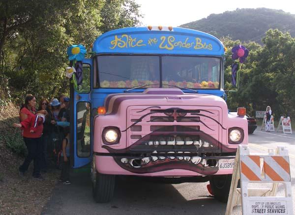 topanga-earth-day-festival-5-wonder-bus
