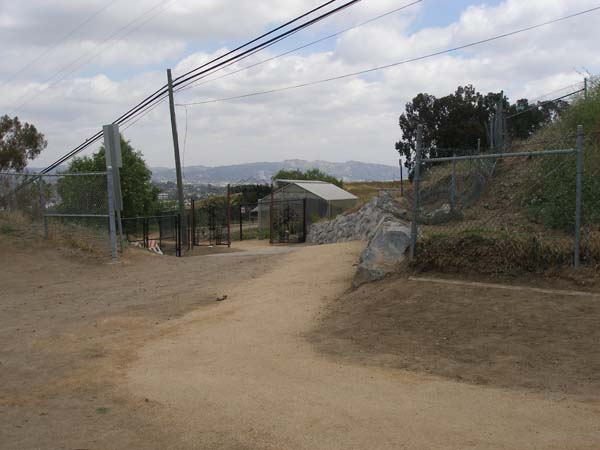 Path to Baldwin Hills Overlook from Culver City Park