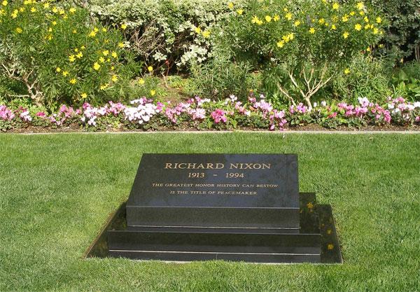 Richard Nixon tombstone