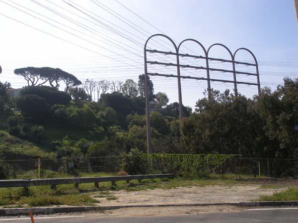 West Los Angeles College walk