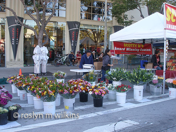 culver city farmers' market flower stand