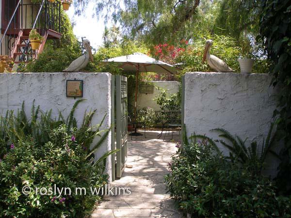 Rancho Los Alamitos patio entrance