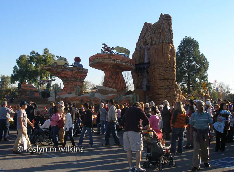 I've been to the Rose Parade a couple of times too many years ago to admit to. And in the 1990s I was thrilled to be working on the Star Trek float for Nestle USA. I referred to what turned out to be a less than thrilling experience in a previous blog post.