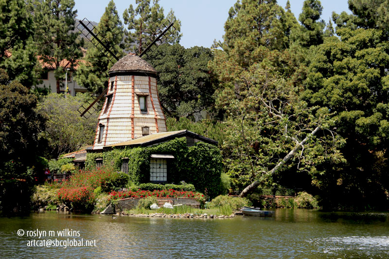 Lake Shrine Meditation Gardens