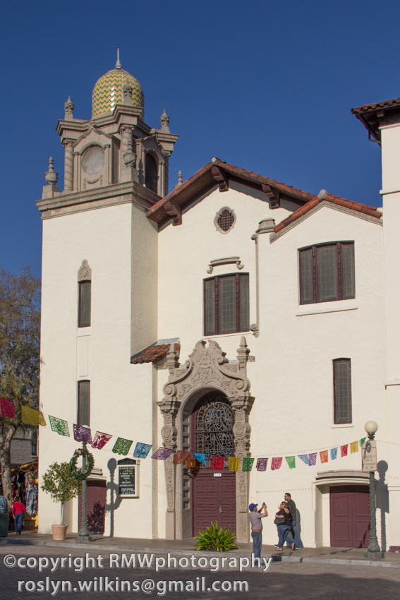 olvera street and la plaza